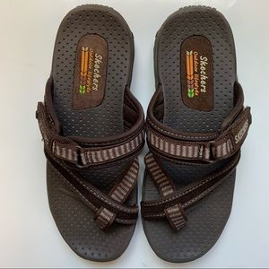 Skechers outdoor lifestyle slide on sandals size 7